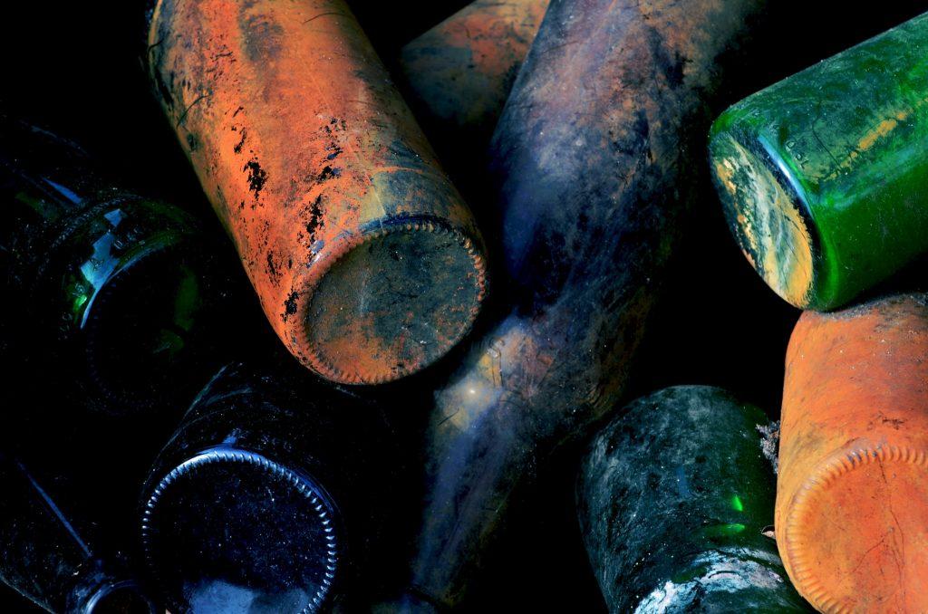 """alt=""""botellas que se van a reciclar para la economía circular""""/>"""